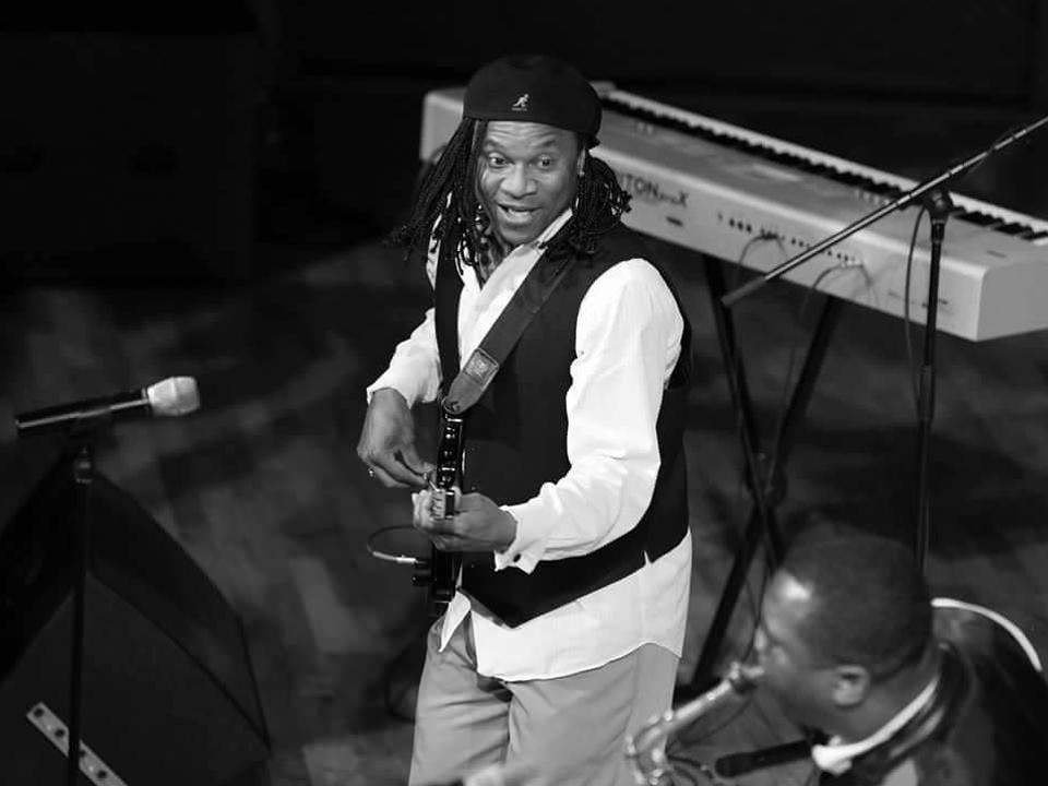 Darryl Buchanan Live